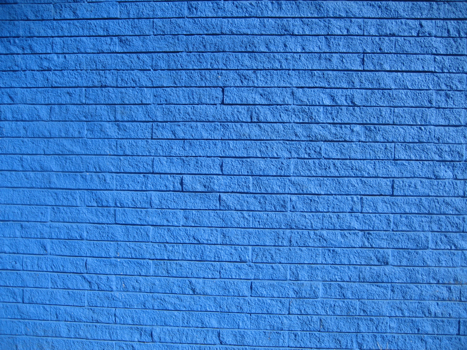 Saturday on the way for Blue wallpaper for walls