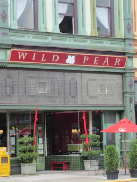 restaurant Wild Pear