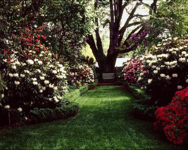 Home Garden - West Allee 1 (DS)