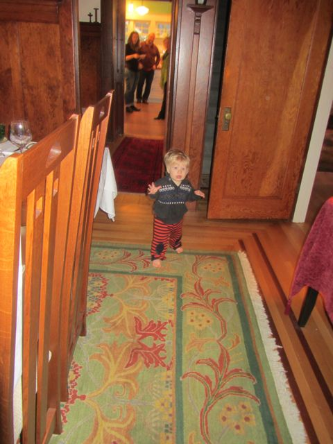 Thannksgiving walking baby