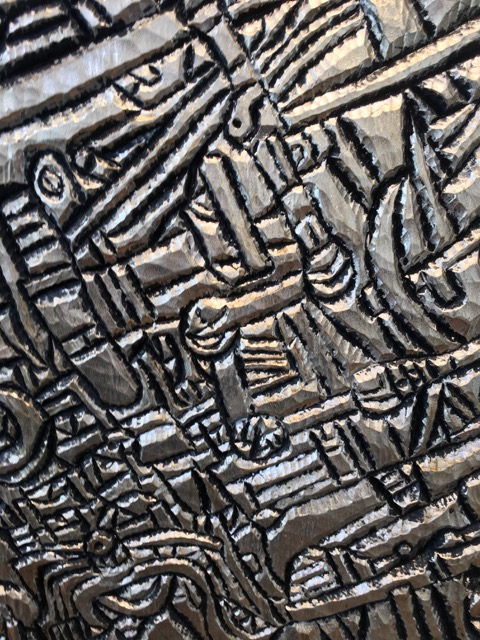 detail Tom 2