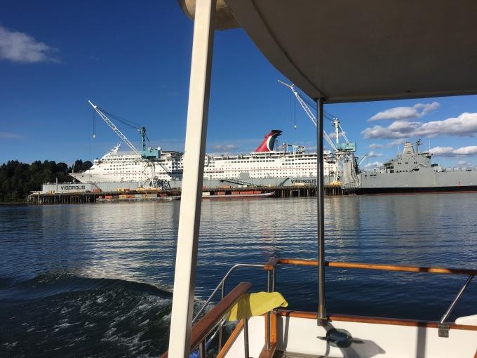 cruise-cruise-ship-under-repair