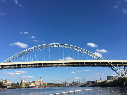 cruise-fremont-bridge